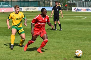 Photo credit: Alan Coomes Football Photography
