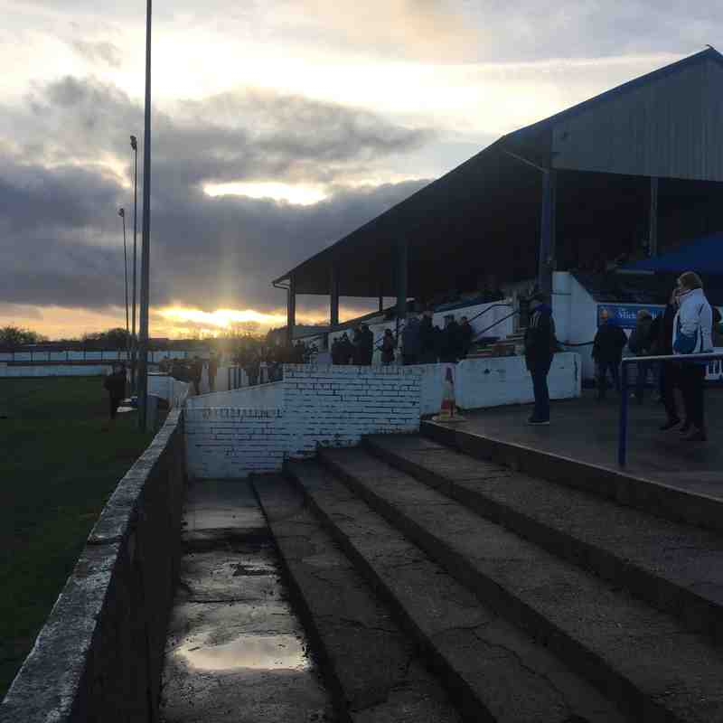 Frickley Athletic v Fenmen
