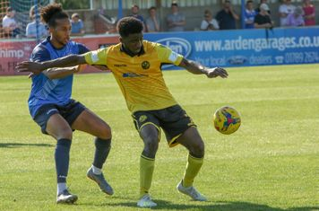 Lewis Wilson battles on
