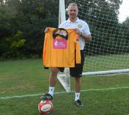 Support Cray Wanderers and help tackle breast cancer