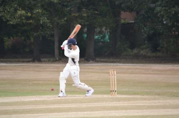 Lucas Brierley forces to leg