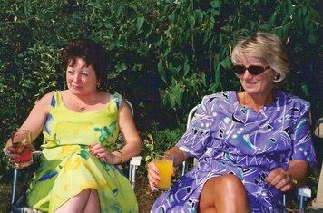1996 Tricia Kaye & Yvonne Wood