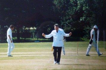 1994 Derek wood