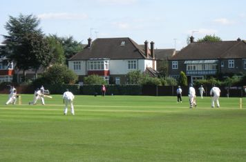 2008 Ev Std Final at Ealing- Toby Roland Jones batting