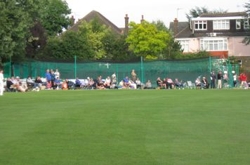 2008 Ev Std Final at Ealing-other supporters watching Ealing batting