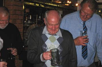 2009 Roger Carter studying his new tankard