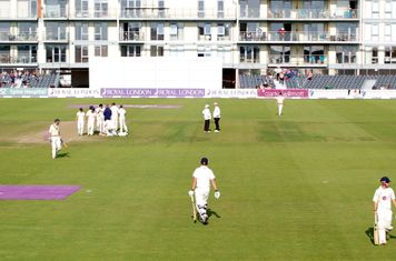 2014m a wicket for Sunbury