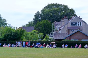 2014 T20i Sunbury Supporters happy but we lose to Ashtead in the final