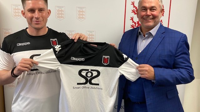 HARDING COMMITS TO THE LILYWHITES
