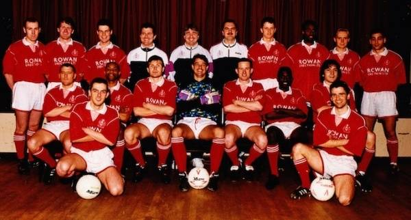 93-94 Andy Prutton,Warren May,John Ridout,Phil Sheddon ,George Borg ,Dave Anderson,Micky Engwell,Martin St Hilaire,Keith Cooper,Jason Shaw. Front:Pat Ryan, Kenton Campbell,Dave Benstead,Andy Pape,Steve Conroy,Gerry Soloman,Mark Pye. Paul Ripley,David Gipp