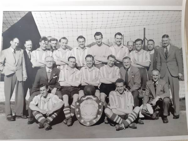 1950-51 (Reserves) with Great Western Combination Shield