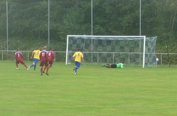 Penfold scores first of 2 penalties in his hat-trick