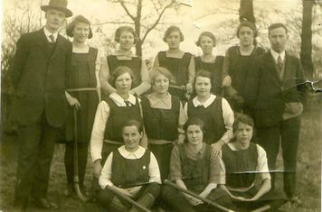 Back row l to r: Unknown Middle row l to r: Unknown Front row l to r: Evelyn Underwood Gwen Underwood
