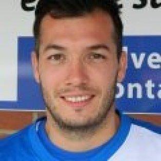 10-man Wroxham snatch late win