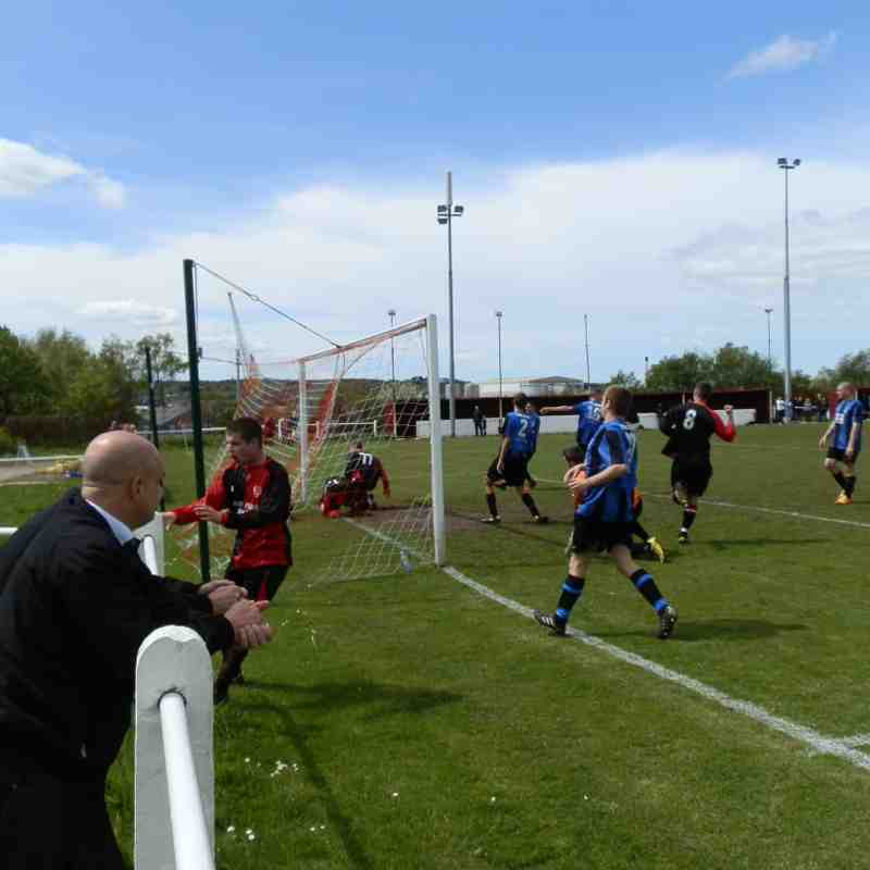 Dutchman Cup Final 2012 Dukes v Great Float FC