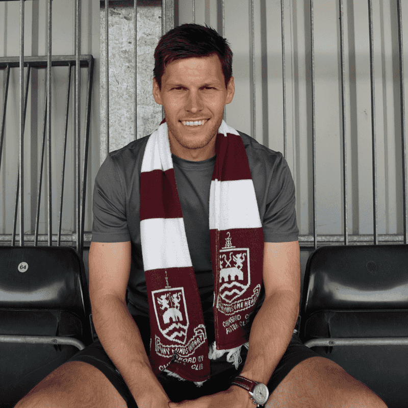 Charlie Sheringham's contract signing