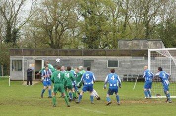 Chadlington defending another corner