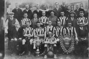 Championship Winning side from 1928-29 Season