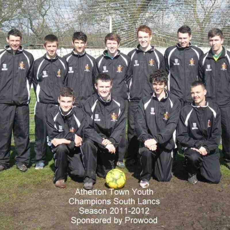 ATHERTON TOWN,SOUTH LANCS COUNTIES CHAMPIONS 2011-12