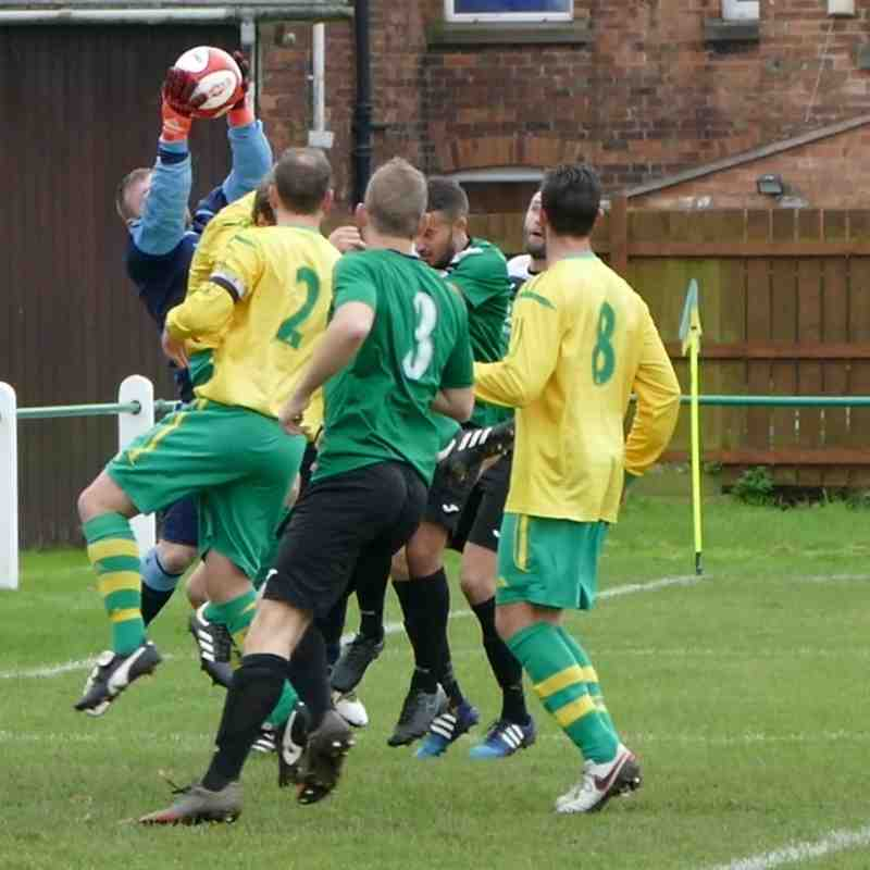 Holwell Sports v Greenwood Meadows