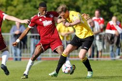 Clarets Hold Leaders Fleet To A Draw