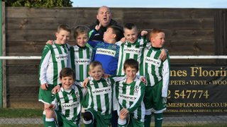 Great Wakering Colts U9 Lions, match mascots v Romford 19th November 2016 (For full set of pics visit https://www.flickr.com/photos/gwroversfc/albums/72157672865505533)