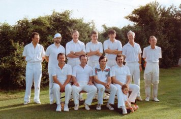 Back: Mick Steel, Corky, Pat Neville, Andy Suggett, Chris Groom, Mickey D, John Davies. Front: Pete Godden, Jimmy Cogan, Andy Bell, Andy Silkstone, Johnathan Neville