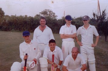 Back: Chris Wardley, Stuart Smith, Fids. Front: Smudge, Chris Groom, Milesy