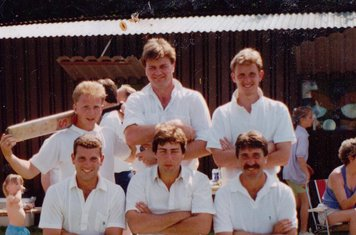 Back:Darren Baker, Chris Parkin, Steve Aylott. Front: Flash, Bob Mills, Chris Wardley