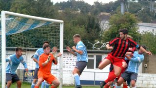 Woodley suffer heaviest defeat of the season