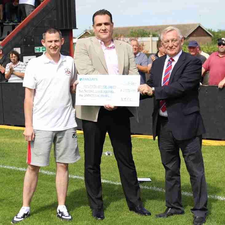 Golfers raise thousands for world famous hospital