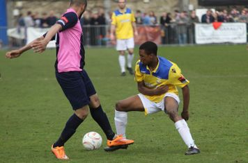 Dulwich's Ashley Carew (L) and Enfield's Dernell Wynter