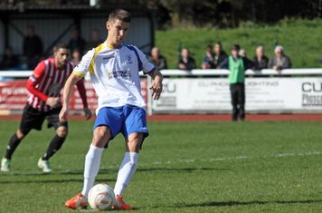 Ryan Doyle's penalty cancels out Hornchurch's early lead