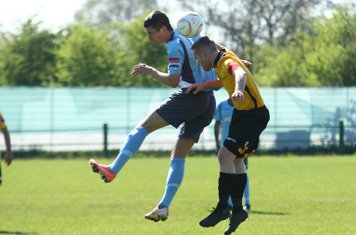 Enfield's Ryan Doyle (L) and East Thurrock's Tom Stephen