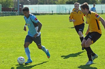 Enfield's Nathan Livings (L) and East Thurrock's Paul Goodacre