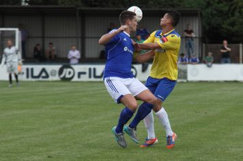 Billericay's Frank Curley (L) and Enfield's Samir Bihmoutine