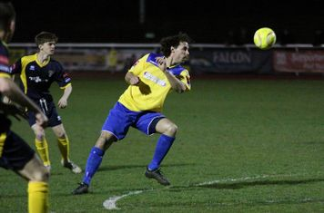 Enfield's Harry Ottaway (yellow)