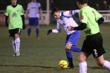 Keir Dickson runs at the defence