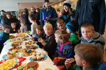 There was a great turnout in the Clubhouse on Sunday morning for the Super 7s annual coffee morning to welcome new players and parents to Seapoint.