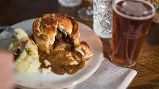 Pie, Mash, Peas, Gravy & Beer Deal - Delivered to your door for Wales England