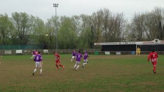 Relegation looms closer for hardworking Leighton