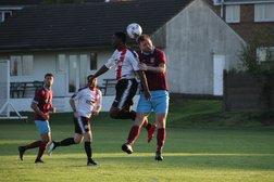 Emley 1-0 Chadderton