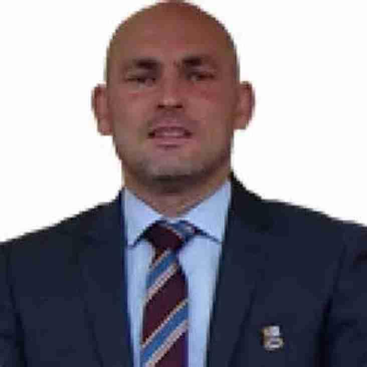 Leading Scorer Re-signs for Farnham Town