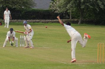 Headingley Bramhope CC v Meanwood CC, 29th June 2019, The Recreation Ground, Old Lane, Bramhope, Leeds