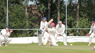 1st Team v Sandyford - 29th August 2015.
