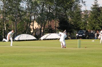 45 for 5 - Chris Anderson is clean bowled by Tyron.