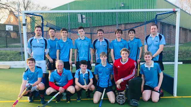Mens 2 win against a strong Alton side