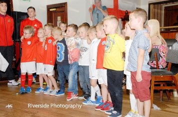 Under 6's United - Touch of Class