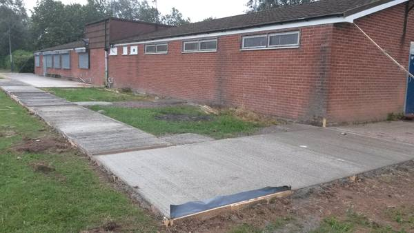 Fri 23rd, pathway to changing rooms