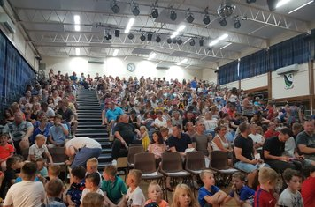 Great turnout for Presentation Evening